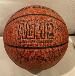 2000-01 Indiana Pacers Team Signed NBA Ball Larry Bird Jalen
